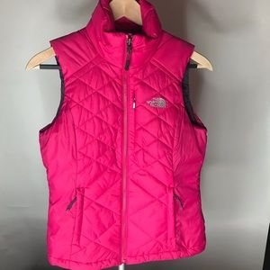 Northface quilted pink vest NWOT